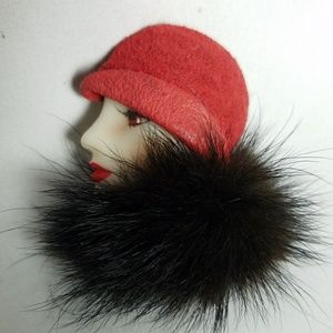 Vintage flapper lady brooch pin suede fur accent